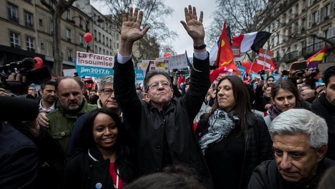 El candidat francès Jean-Luc Mélenchon, a favor d'un referèndum a Catalunya