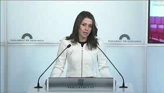 Inés Arrimadas valorant el discurs de Roger Torrent
