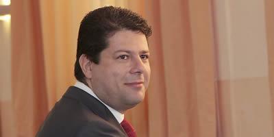 El socialista Fabián Picardo desbanca Caruana i serà el pròxim ministre principal de Gibraltar