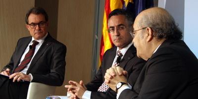 CiU obvia la proposta de Jáuregui sobre una reforma federal de la Constitució