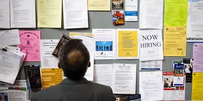 L'atur puja un 18,8% el 2009 i situa el nombre total d'aturats en un màxim històric de 4.326.500 persones a l'Estat