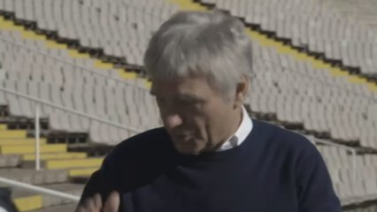 Tricicle reviu l'actuació que va fer a l'Estadi Olímpic el 1992 - Tricicle