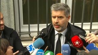 Andreu Van den Eynde, advocat d'Oriol Junqueras, aquest dijous després de la vista al Tribunal Suprem