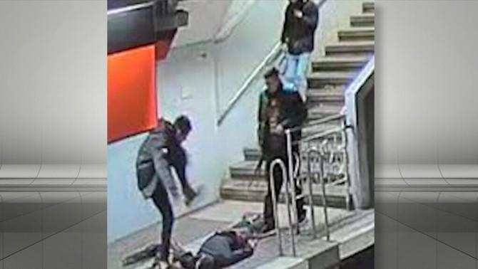 Detingut un segon noi per l'agressió a l'estació de metro de Navas de Barcelona