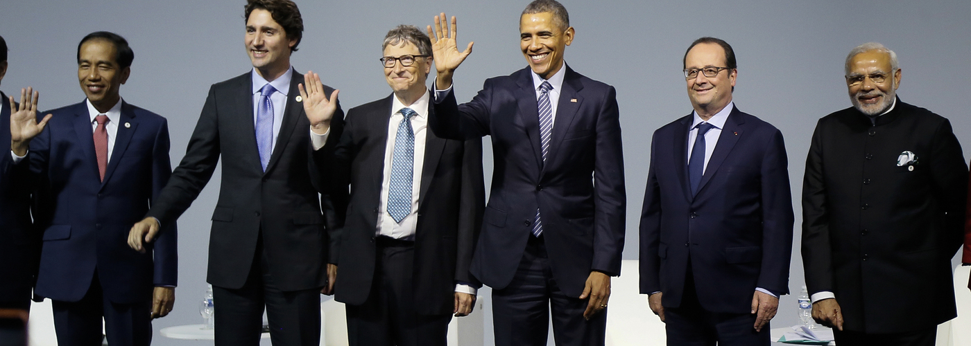 Bill Gates amb Obama i Hollande a la cimera del clima de París. (Reuters)