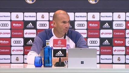 Zidane fa campanya per Ronaldo en la Pilota d'Or