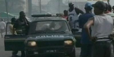 Dos cotxes bomba causen la mort d'una quarantena de persones  prop de dues esglésies al nord de Nigèria