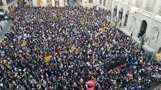 Portada Terribas: El carrer diu als partits: feu política