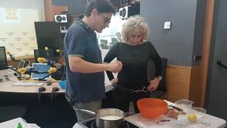 """""""Fem-ho fàcil"""", amb Oriol Balaguer: Crema catalana amb puré de poma i carquinyolis"""