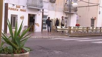 L'exterior del bar de Sant Carles de la Ràpita on hi va haver trets