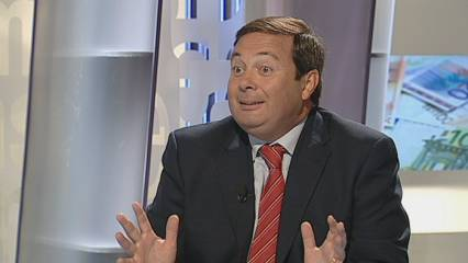 Rubalcaba qüestiona les retallades de Zapatero