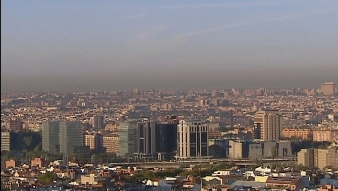 Madrid prohibeix l'aparcament al centre als no residents per lluitar contra la contaminació