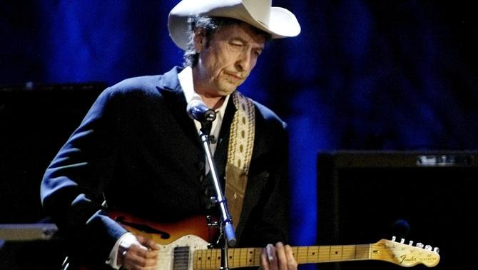 Bob Dylan no anirà a recollir el Premi Nobel de Literatura
