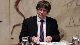 Puigdemont, en la reunió del consell de govern del 17 d'octubre (Reuters)