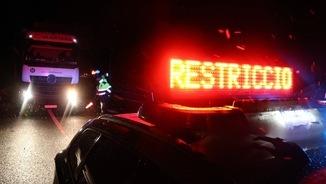 La circulació de camions ha estat restringida durant tota la nit (ACN)