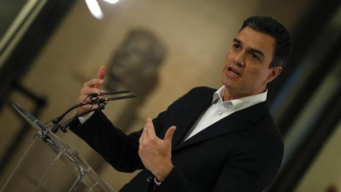 Sánchez retreu a Iglesias que ja pensi en coalicions electorals en lloc de treballar pel canvi