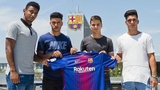 Lozano, Moha, Ruiz de Galarreta i Samu Araujo (Víctor Salgado, FCB)