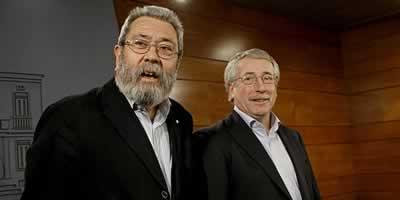 Els secretaris generals de la UGT, Cándido Méndez, i de CCOO, Ignacio Fernández Toxo, en una imatge d'arxiu (Foto: EFE)