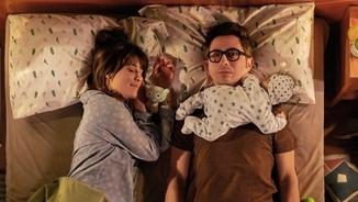 """""""Mama, papa: caca!"""" Berto Romero ens presenta el seu nou fill, """"Mira lo que has hecho"""""""