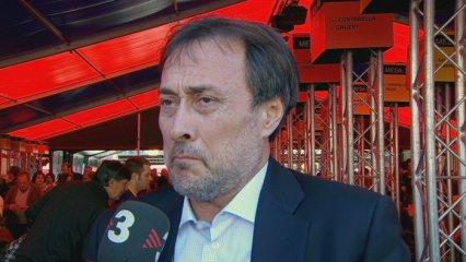 "Benedito vota ""no"" i demana eleccions"