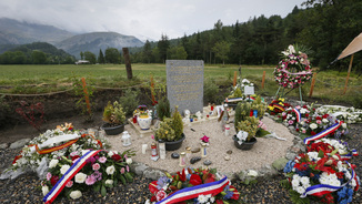 Monòlit en record de les víctimes de l'accident de Germanwings