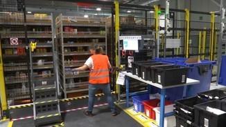 Els robots i la tecnologia són ben presents en els magatzems d'Amazon