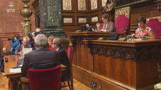 El ple de l'Ajuntament de Barcelona desestima l'entrada a l'AMI