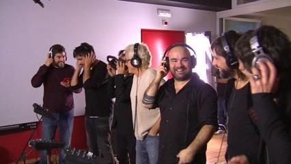 """El """"Mediterráneo"""" de Serrat cantat a 30 veus a favor dels refugiats"""