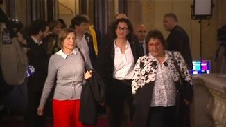 Carme Forcadell, Marta Rovira i Dolors Bassa, a la sortida del Parlament aquest dimecres