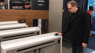 Amazon obre una botiga física sense caixes registradores ni dependents