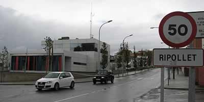 Els dos presumptes implicats en la mort d'una noia a Ripollet ingressaran en dos centres de menors. (Foto: ACN)
