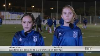 """Dues nenes, les artífexs del """"boom"""" femení de la UD Unificación Bellvitge"""