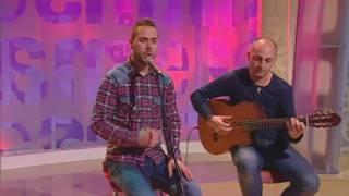 """Actuació de """"Guitarras para el autismo"""", un projecte musical solidari amb els nens que tenen autisme"""