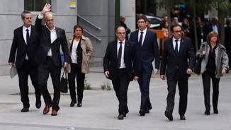 Forn, Romeva, Rull, Turull, Bassa, Mundó i Borràs arribant al Tribunal Suprem