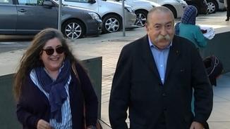 L'advocat de la mare, Rafael Alcántara, entrant al jutjat d'Almeria
