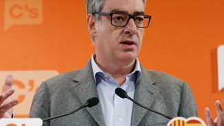 """Villegas [Cs]: """"Puigdemont ha de deixar de córrer com un conill espantat i venir a Espanya"""""""