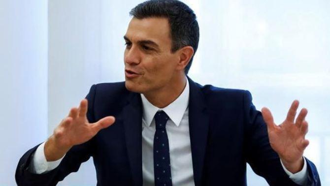 Aquest divendres es podrà consultar la tesi de Sánchez (EFE)