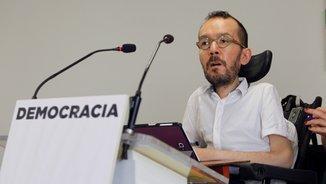 "Pablo Echenique: ""Sense Mariano Rajoy ni Carles Puigdemont es podria pactar un referèndum"""