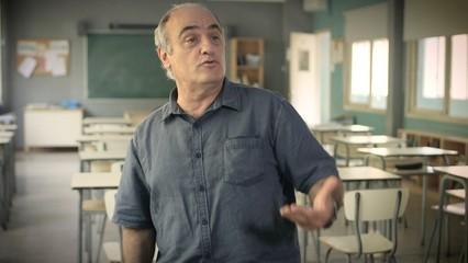 """Francesc Orella interpreta el tema principal d'""""El padrí"""""""