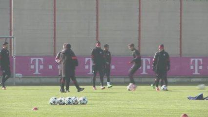 Thomas Muller es mofa de Ronaldo