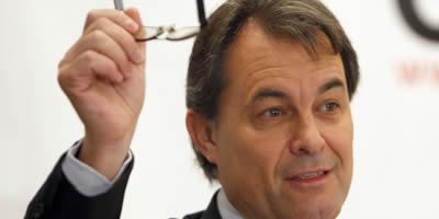 Mas ofereix a Montilla acordar el Pacte d'Infraestructures al marge d'ICV