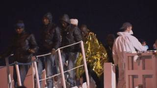 BLOC 1 LAMPEDUSA I IMMIGRANTS