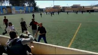 Propòsit d'esmena. La lamentable batalla campal entre pares en un partit de futbol infantil