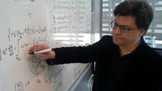 """Ricard Solé """"Hi ha moltes similituds entre el genoma i les xarxes"""""""