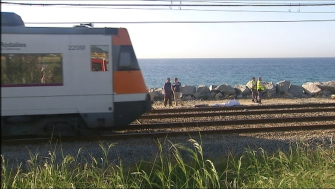 Els maquinistes, les altres víctimes dels suïcidis a les vies de tren
