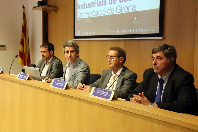 """El Govern no entendria que hi hagués """"cap canvi"""" en els compromisos en relació al baixador del TAV a l'aeroport de Girona"""