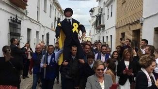 """""""La tertúlia"""": Les festes de Coripe irrompen en plena campanya electoral"""
