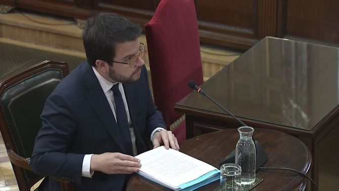 Aragonès makes use of his right not to take the stand due to the fact that he is under investigation from court number 13