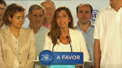La presidenta del PP català, Alícia Sánchez-Camacho, celebra els resultats