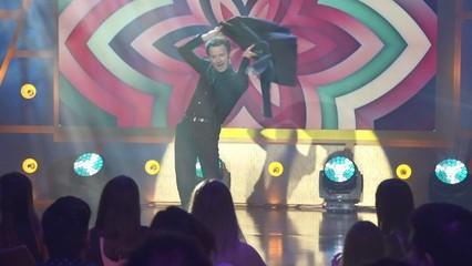 "Marc Martínez canta ""Mi gran noche"" a ""Playcracks 2017"""